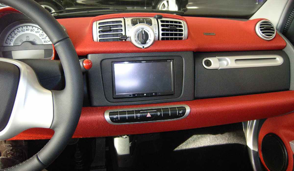 radio frame double din for smart fortwo 451 facelift. Black Bedroom Furniture Sets. Home Design Ideas